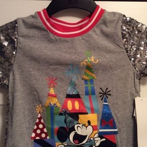 Mickey Mouse Disney Sparkle shirt sz medium (7/8)
